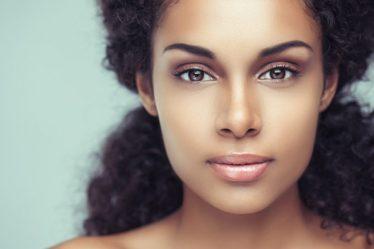 peau noire et metissée